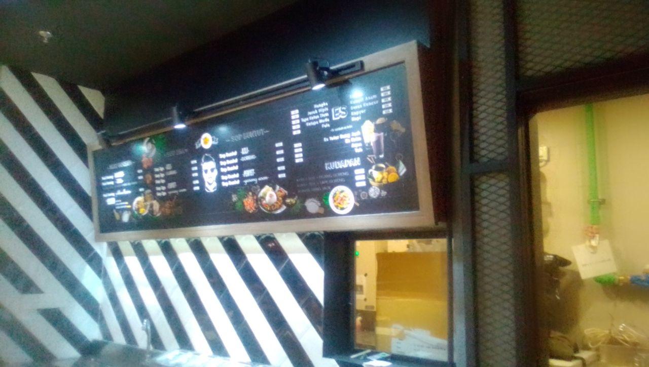 Jasa Bangun Cafe – Decorasi Cafe (3)