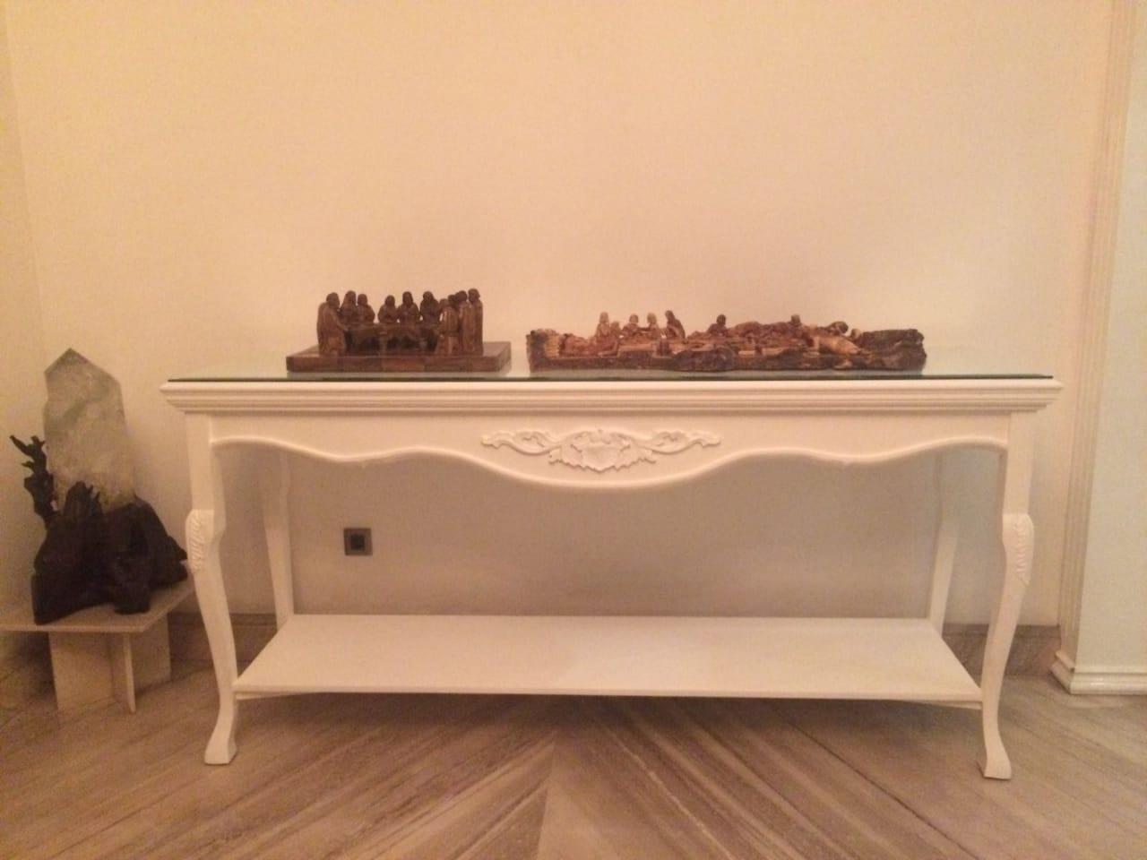 Meja Ukir – Furniture Custom Jakarta