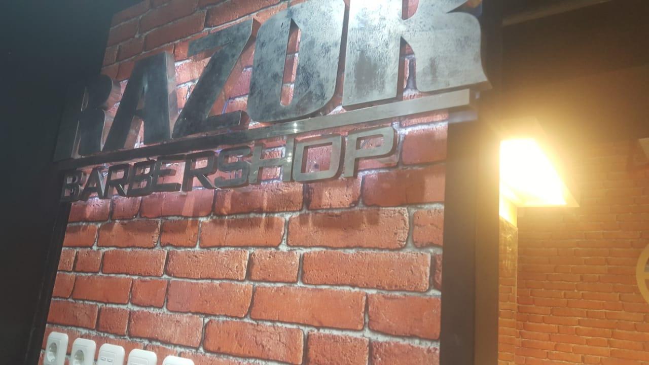 Jasa Interior Barber Shop (2)